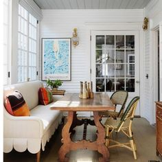 The House that Lars Built ( Furniture Makeover, Home Furniture, 1920s House, Dining Nook, Kitchen Nook, Apartment Living, Interior Inspiration, Design Inspiration, Design Ideas