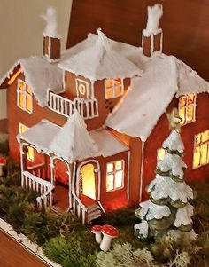 Gingerbread with lights Christmas Gingerbread House, Christmas Home, Christmas Cookies, Xmas, Gingerbread Houses, Cookie House, Types Of Cakes, Christmas Decorations, Holiday Decor
