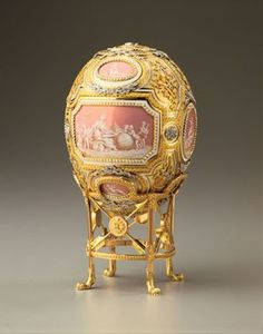 Marjorie Merriweather Post owned this fabulous Fabergé egg, now displayed at Hillwood Estate Museum.