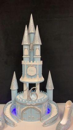 Wedding Cake Sweet 16 cake Beautiful and creative birthday cakes for someone turning Sweet Birthday Cakes fo Sweet Birthday Cake, Creative Birthday Cakes, Birthday Cake Girls, Birthday Fun, 16th Birthday, Sweet Sixteen, Cool Cake Designs, Sweet 16 Cakes, Sweet 16 Parties