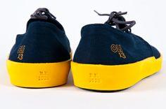 E.E. 1929 Navy Blue-Yellow (Canvas)   OLI13