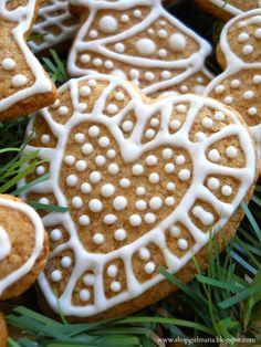 Shopgirl: Traditional Czech Christmas Gingerbread Cookies