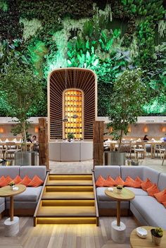 The Kombinat Restaurant was one of the most appreciated interior design projects by ARCHPOINT: a place with a unique design full of marine influences. Design Bar Restaurant, Cool Restaurant, Luxury Restaurant, Design Café, Cafe Design, Restaurants, Bar Lounge, Rooftop Bar, Contemporary Interior Design