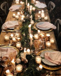 60 Extraordinary Winter Table Decoration You Can Make Whether it be wedding table settings, black tie or prom, how to dress a table is an important detail to […] Christmas Table Settings, Christmas Table Decorations, Wedding Table Settings, Holiday Tables, Wedding Decorations, Wedding Tables, Thanksgiving Table, Noel Christmas, Christmas Wedding