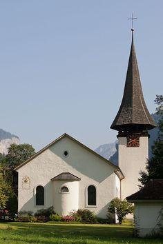 Lauterbrunnen village church