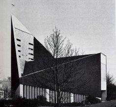 Thomas church | 1965 | Gelsenkirchen, Germany | Albrecht Wittig and Fred Janowski