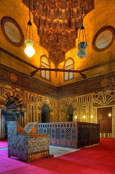 Interior Mosque Sultan Hassan,  Cairo, EGYPT.   (via Flickr.)