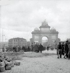 Puerta de Toledo Madrid Guerra Civil