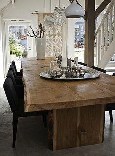 tavolo di elegance legno di castagno prodotto in italia