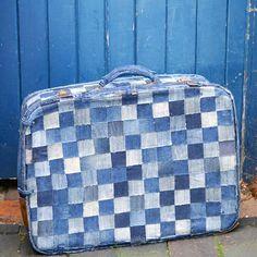 blue-suitcase.jpg (800×800)