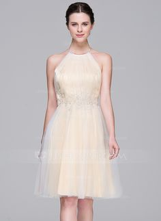 A-Line/Princess Halter Knee-Length Tulle Wedding Dress With Ruffle Beading Appliques Lace Sequins (002071576)