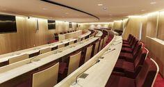 Salle de conférence dans les bureaux de Klésia à Paris, France