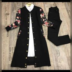 Black floral c Pakistani Dresses Casual, Indian Fashion Dresses, Dress Indian Style, Girls Fashion Clothes, Casual Dresses, Modesty Fashion, Muslim Fashion, Hijab Fashion, Fashion Outfits