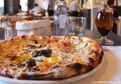 Ôven Mozzarella Bar (Madrid). Pizzas hechas en un horno de leña, burrata traída semanalmente de Italia, tiramisú hecho por ellos mismos son sólo alguna de las razones para disfrutar en Ôven Mozzarella Bar.
