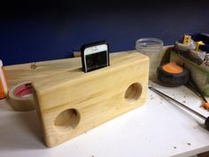 Wooden Acoustic Amplifier For iPhone by OrangeCountyWoodwork