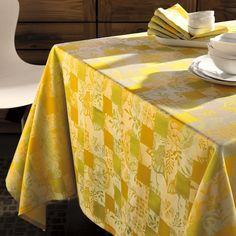 Nappe tables d'été Garnier-Thiebaut - Modèle : Mille birds - Nappe en coton - Coloris : jaune