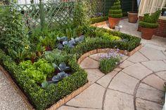 Pretty layout, small scale garden!!