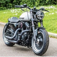 Harley Davidson Buell, Harley Davidson Sportster 1200, Harley Davidson Museum, Futuristic Motorcycle, Motorcycle Gear, Custom Bobber, Bike Photo, Old Bikes, Motorcycles For Sale