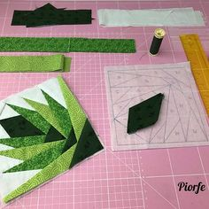 Quilt block #workinprogress #paperpiecing . . . . . #green #sewing #cotton #creative #artesania #photooftheday #hechoamano #beautiful #piorfepatch #workinprogress #homemade #sew #original #diy #instagood #patchwork #ручнаяработа #handmade #telas #fabric #perfect #thread #love #quilting #gift #l4l #applique #pattern #quilt