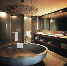 Upgrade Your House With Modern & Minimalist Bathroom Design Ideas That Will Impr. Upgrade Your House With Modern & Minimalist Bathroom Design Ideas That Will Impress Your Guest Romantic Bathrooms, Dream Bathrooms, Beautiful Bathrooms, Luxury Bathrooms, Master Bathrooms, Contemporary Bathrooms, Minimalist Bathroom Design, Bathroom Interior Design, Modern Minimalist