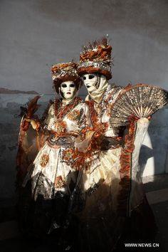 Mais que c\'est beau... quelle finesse .... Venice Carnival 2013   Photo prise le 10 février 2013 lors du Carnaval de Venise en Italie