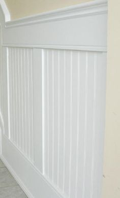 Google Image Result for http://elitetrimworks.com/skin1/images/gallery/wainscoting/bpw/BPW01.jpg