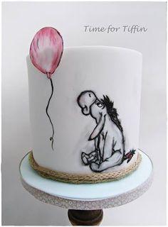 Cupcakes, Cupcake Cakes, Cake Pops, One Tier Cake, 17 Birthday Cake, Disney Cakes, Disney Desserts, Winnie The Pooh Cake, Friends Cake
