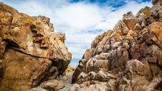 Nieuw in mijn Werk aan de Muur shop: Rotsen voor de kust van Bretagne.