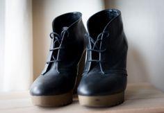 Je viens de mettre en vente cet article : Bottines & low boots à compensés Minelli 49,00 € http://www.videdressing.com/bottines-low-boots-compensees/minelli/p-4542977.html?utm_source=pinterest&utm_medium=pinterest_share&utm_campaign=FR_Femme_Chaussures_Bottines+%26+low+boots_4542977_pinterest_share