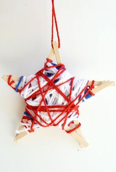 Yarn-Wrapped Stars Fourth of July Craft - Fantastic Fun & Learning Fourth Of July Crafts For Kids, Crafts For Girls, Arts And Crafts, Patriotic Crafts, Patriotic Decorations, Ribbon Crafts, Yarn Crafts, Kids Night Out, Military Ribbons