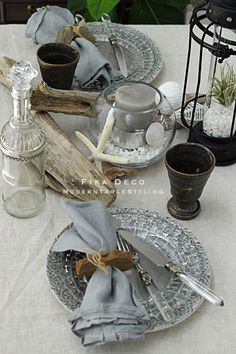 Set the table Table Flowers, Linen Napkins, Deco Table, Valentine Decorations, Interior Accessories, Food Dishes, Wedding Table, Tablescapes, Wedding Events