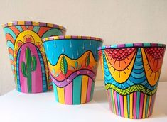 Painted Plant Pots, Painted Flower Pots, Pots D'argile, Girls Night Crafts, Decorated Flower Pots, Pottery Painting Designs, Flower Pot Crafts, Mandala Artwork, Arts And Crafts