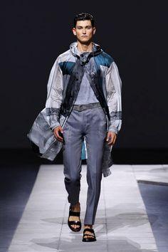 LOOKSS16_1 - Boutique en ligne officielle Brioni : prêt-à-porter couture, services sur mesure et vêtements de sport pour hommes.
