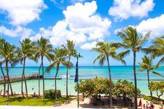 It's National Beach Day and we vote Waikiki Beach for today! Oahu Beaches, Aloha Friday, Waikiki Beach, Beach Day, Happy, Ser Feliz, Being Happy