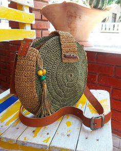 Crochet Cute Bags, Beach Bag, and Handbag Image Pattern for 2019 - Daily Crochet! - Crochet Cute Bags, Beach Bag, and Handbag Image Pattern for 2019 - Daily Crochet! Crochet Purse Patterns, Crochet Motifs, Crochet Tote, Crochet Handbags, Crochet Purses, Crochet Crafts, Crochet Projects, Knitting Patterns, Knit Crochet