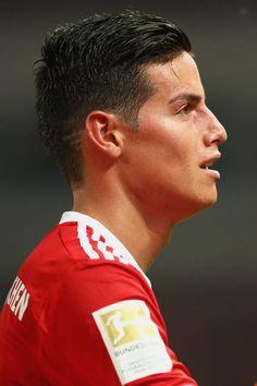 James es el nuevo #11 del Bayernmunich Munchen. Julio 2017