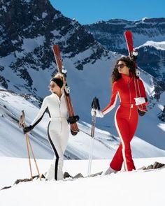 Stop by PerfectMountainHome.com to learn more about luxurious mountain homes for sale in Breckenridge, Keystone and Summit County, Colorado. #skifashion #skiwear #stylishski #perfectmountainhome Ski Fashion, Winter Fashion Outfits, Colorado Springs, Mode Au Ski, Apres Ski Outfits, Aspen Ski, Ski Girl, Snow Outfit, Snowboarding Outfit