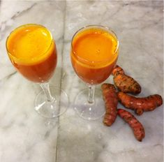 Why You Need This Turmeric Shot Recipe You won't get this at your local bar or club. This turmeric shot recipe will help to reset your body and flush out those deadly toxins that are killing millions of people every year. Why Turmeric? Back in the ancient Turmeric Shots, Fresh Turmeric, Turmeric Health, Smoothie Recipes, Smoothies, Juice Recipes, Local Bars, Shot Recipes, Cancer Fighting Foods