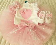 Sweet baby girl tutu and matching outfit Princess Tutu Dresses, Baby Girl Dresses, Baby Dress, Flower Girl Dresses, Kids Tutu, Baby Tutu, Tutus For Girls, Cinderella Tutu, Tutu Tutorial
