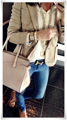 very Lisa Vanderpump. love this outfit and jewelry Tall Girl Fashion, Womens Fashion, Beautiful Outfits, Cute Outfits, Hermes Belt, Weekend Wear, Fall Fashion Trends, New York Fashion, Autumn Winter Fashion