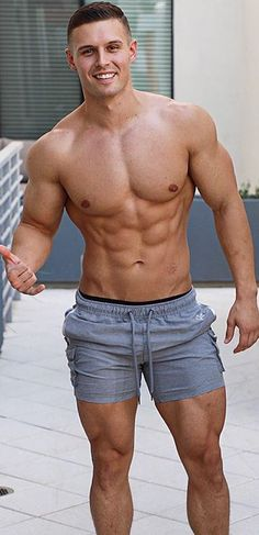 Fit & Muscular