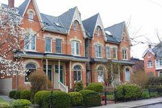 Exploring Toronto: A Walk Through Cabbagetown | brittanymthiessen.com