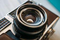 O fotógrafo americano Syl Arena ensina cinco dicas para utilizar o flash com luz ambiente reduzida