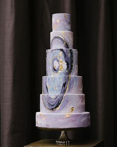 Agate-inspired wedding cake designed by Nadia & Co. | Photo by Tara McMullen