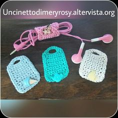 Headphones port crocheted Tutorial   http://www.lookatthatvideo.info/porta-cuffie-all-uncinetto-39946