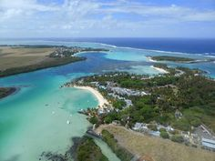 Blue Bay in the Mauritius never looked so blue! Loving this aerial shot from a helicopter tour via @Keith Jenkins #MyMauritius