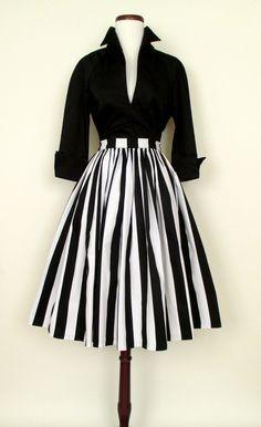 50 Best Audrey Hepburn Style in 2017 – – Women's Fashion Retro Mode, Vintage Mode, Vintage Style, Vintage Black, 1950s Style, Vintage Ideas, Retro Vintage, Pretty Dresses, Beautiful Dresses
