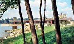 WowHaus » On the market: Frank Lloyd Wright-designed house on Petre island, Lake Mahopac, New York, USA