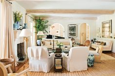 Living Room Designs, Living Spaces, Living Rooms, Living Area, Living Room Furniture, Living Room Decor, Furniture Layout, Mark Sikes, Interior Styling