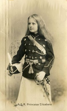 Prinzessin Elisabeth von Rumänien, future Queen of Greece Romanian Royal Family, Greek Royal Family, Romanian Girls, Princess Victoria, Queen Victoria, Historical Clothing, Historical Photos, Victorian Photography, Adele